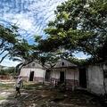 コスタリカのサンルーカス島にある刑務所跡(2020年9月27日撮影)。(c)Ezequiel Becerra / AFP