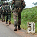 コンゴ民主共和国の兵士ら(2013年12月31日撮影、資料写真)。(c)ALAIN WANDIMOYI / AFP
