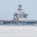 米空母セオドア・ルーズベルトに乗り込む兵士3人が新型コロナに感染した/SPEC. 2ND CLASS JUSTIN WOLPERT/U.S. NAVY