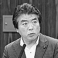 (写真)質問する仁比聡平議員=14日、参院法務委