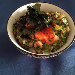 朝ごはんや夜食にも♪ネバネバ食感でごはんが進む「めかぶ丼」レシピ