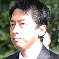 小泉進次郎氏に「安倍首相以下」 台風被災地で批判された理由