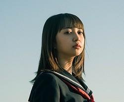 『13月の女の子』で主演を務める小宮有紗
