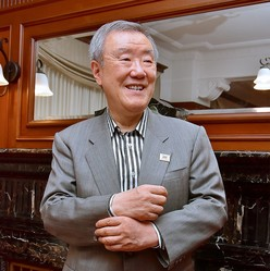インタビューは「東京アラート」解除後に行われた。「新型コロナの影響は、長期的に見れば良いことしかない」と前向きに語る