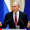 フィンランド・ヘルシンキで記者会見を行うロシアのウラジーミル・プーチン大統領(2019年8月21日撮影、資料写真)。(c)Alexander Zemlianichenko / POOL / AFP