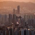 韓国ソウルの夕景(2020年12月16日撮影、資料写真)。(c)Ed JONES / AFP