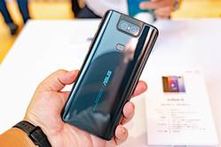 ZenFone6などハイエンドなのに約半額! 低価格な高性能モデルが、いま熱い