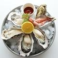 旬の生牡蠣(真牡蠣)4ピースと赤海老のプラッター