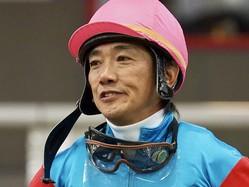 田中勝春騎手 JRA通算20000回騎乗達成!