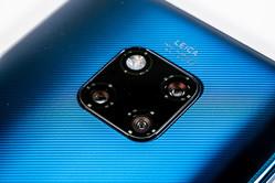 スマホなのに広角から望遠まで撮影できる! 「HUAWEI Mate 20 Pro」はスマホカメラのトレンドとなれるのか?
