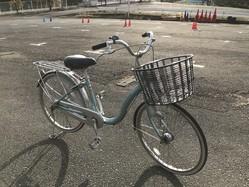 「この歳で乗れないなんて言えない…」大人向け自転車講習会に潜入