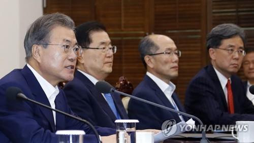 [画像] 「日本経済により大きな被害」と警告 外交解決求める=文大統領