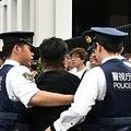 安倍首相とトランプ氏が相撲観戦中 反首相勢力を予防拘禁