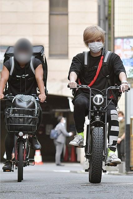 [画像] 手越祐也がシングルマザー救済活動、自転車でお弁当を配達