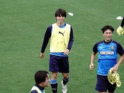 笑顔でトレーニングに励む田中。今季はアンカーに挑戦している。(C)SOCCER DIGEST