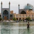 ユネスコの世界遺産に登録されているイラン・イスファハンのイマーム広場(2018年4月12日撮影、資料写真)。(c)ATTA KENARE / AFP