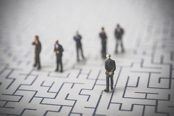 早期退職者を募る上場企業の数、既に昨年上回る 東京商工リサーチ調査