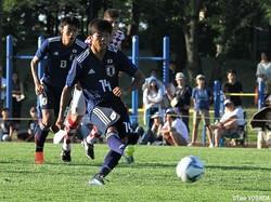 後半16分、U-17日本代表はFW若月大和が右足PKを決めて2-0