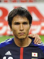 今後はチームのコーチを務める前田遼一