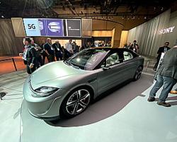ソニーが公開した電気自動車のコンセプトカー「Vision-S」