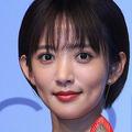女優・夏菜