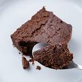 チョコ好きは絶対にチェックしたい!夏にもおいしく食べられる新食感のガトーショコラが気になります