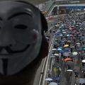 ガイ・フォークスの仮面をつけたデモ参加者。香港にて(2019年10月6日撮影)。(c)Nicolas ASFOURI / AFP