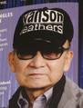 ギネスブック2012年版に掲載されたジャニーズ事務所のジャニー喜多川社長の写真。「最も多くのコンサートをプロデュースした人物」「最も多くのNo.1シングルをプロデュースした人物」の2部門で認定された