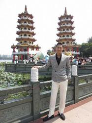 AKIRAが台湾でノロケ 妻のリン・チーリンのいいところは「全部」