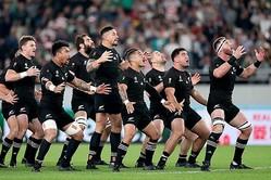 ハカを披露するラグビーニュージーランド代表【写真:Getty Images】