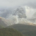 屋久島の西にある口永良部島で爆発的噴火 火砕流が西側へ1km流下