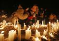 ろうそくともし、犠牲者追悼=阪神大震...