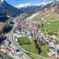 オーストリア西部チロル州のスキーリゾート、ザンクトアントン村(2020年4月23日撮影)。(c)Johann GRODER / EXPA / APA / AFP