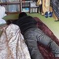 中年になっても実家の子供部屋に住み続ける「子供部屋おじさん」(※写真はイメージです。以下同)