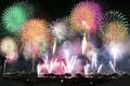 22日夜に「エール花火」実施、全国28都県66カ所で一斉に打ち上げ