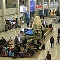 """韓国人観光客は""""半減""""も日本の旅行収支は過去最高…日韓観光客の「意外な共通点」とは"""