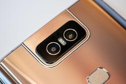 ZenFone 6がフリップカメラで獲得した3つのメリットとオリジナリティとは?