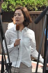 1985年10月28日生まれ、兵庫県出身。聖心女子大学文学部卒業。2008年、フジテレビに入社。新人時代から報道志望で、現在の主な担当番組は『みんなのニュース』『Mr.サンデー』など。阪神タイガースファンとしても知られている