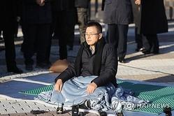ハンストを開始した黄教安代表=20日、ソウル(聯合ニュース)