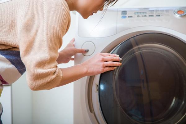 [画像] タテ型ドラム型、どっちが汚れを落とす?洗濯の常識クイズ