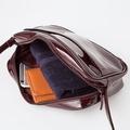 ユニクロ 3色のエナメルバッグ