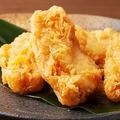 かしわの天ぷらさん…でしたっけ?(sasazawa/stock.adobe.com)