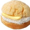 メロンパン×厚切りバター「台湾メロンパン」新宿で、生クリームやチーズ入りの新作も