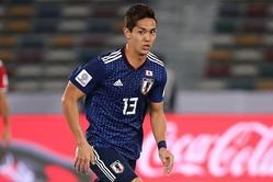 ウズベキスタンに先制点を許した日本だが、武藤が同点弾を決めた。写真:茂木あきら(サッカーダイジェスト写真部)