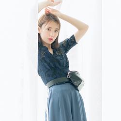 夏物を着るのは違うし… 気温が30度を超えた日の着こなしを宮田聡子が伝授!