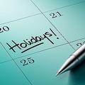 公休が10日以上減少 有休義務化で休みが減ったケースも