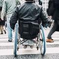 半身不随の男性が感じた健常者の無慈悲さ 不注意が障害者に与える恐怖