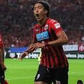 浦和レッズがコンサドーレ札幌に敗れる 槙野智章が退場で「奇策」も裏目