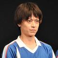 「テニミュ」俳優の加藤真央、事務所退社しフリーに