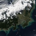 台風19号の影響で海に流れ出る土砂 衛星画像で見る猛威